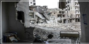 Rusya ve Esed Rejimi İdlib'de Onlarca Hastane Bombaladı
