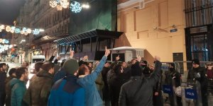 Rus Konsolosluğu Önünde İdlib Protestosu
