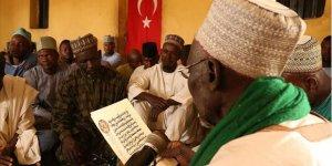 Nijeryalı Müslümanlar Türkiye Ordusu İçin Kur'an-ı Kerim Okudu ve Dua Etti