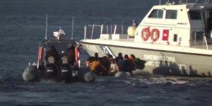 Yunanistan Mülteci Botunu Batırmaya Çalıştı