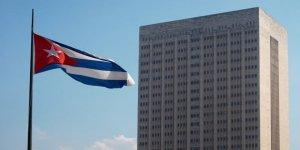 Küba'nın 'Mükemmel Sağlık Sistemi' ve 'Her Derde Deva İlaç Sektörü' Masalı Üzerine