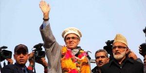 Cammu Keşmir'in Eski Başbakanı Ömer Abdullah 8 Ay Sonra Serbest Bırakıldı