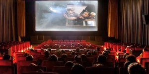 Sinemada Gerçek Arayışı ve Kapitalist Sistem Eleştirisi