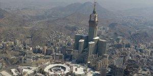 Mekke ve Medine'de Tam Gün Sokağa Çıkma Yasağı İlan Edildi