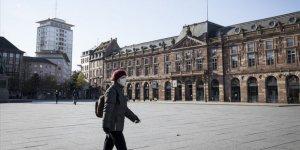 Fransa'da 1427 Kişi Daha Kovid-19'dan Hayatını Kaybetti