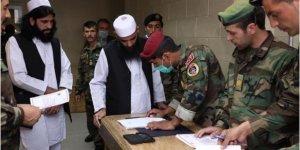 Afganistan'da 100 Taliban Üyesi Daha Serbest Bırakıldı