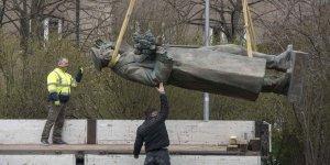 Çekya Komünist Rejimi Temsil Eden Mareşal Heykelini Rusya'ya İade Ediyor
