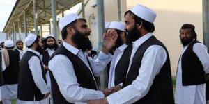 100 Taliban Mensubu Daha Serbest Bırakıldı