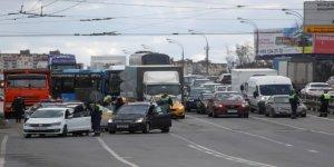 Rusya'da İzinli Sokağa Çıkma Uygulaması Başladı