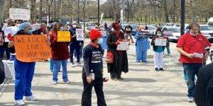 Sağlık Çalışanlarından New York Eyaletine ve İki Hastaneye Toplu Dava