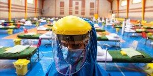 İran'da Koronadan Ölenlerin Sayısı 5 Bin 806'ya Yükseldi