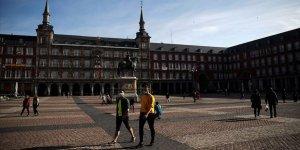 İspanya'da Kovid-19 Salgınında Ölenlerin Sayısı 25 Bini Geçti