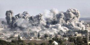 Gençler 15 Ayrı Lisanda Haykırdı: İdlib'li Kardeşlerimizin Yanındayız!