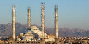 Mezhepçiler İran'ın En Büyük Sünni Camisini Yıkma Peşinde