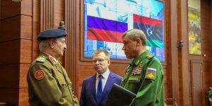Emperyalist Rusya Darbeci Hafter'in Hamisi Konumunda
