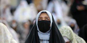 İran'da Son 24 Saatte 50 Kişi Daha Koronadan Öldü