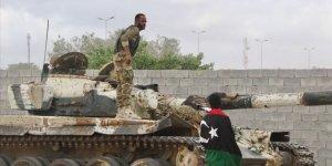 Libya Ordusu Trablus'un Güneyinde İlerliyor
