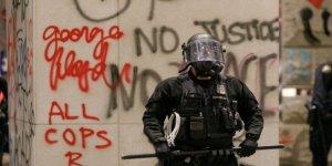 ABD'deki Gösterilerde TRT World Muhabirleri Yaralandı