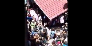 Suveyda'da Meydanları Dolduran Halk Esed Rejimini Protesto Etti