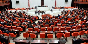 """İYİ Parti'nin """"Ayasofya İbadete Açılsın"""" Önergesine AK Parti Neden Ret Oyu Kullandı?"""