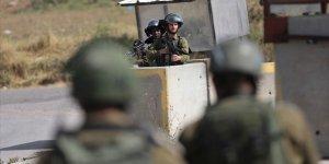 Siyonist İsrail Askerleri, Batı Şeria'daki Gösteriye Müdahale Etti