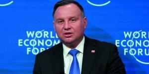 Polonya Cumhurbaşkanı: LGBT Komünizmden Daha Tehlikeli!