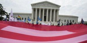 ABD Yüksek Mahkemesi'nden Trump'a Eşcinsel Sapkınlık Darbesi
