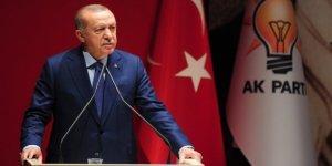 """AK Parti'de """"Lider Kültü"""" İnşa Edilirken, Ortaya Çıkan Sorunlar…"""