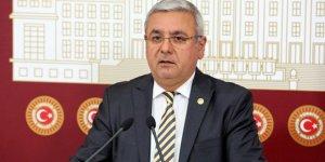 """""""Kürtçe Levhaların Kaldırılması AK Parti'ye Operasyondur"""""""