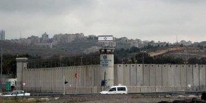 Filistin Esirler Cemiyeti: İsrail Cezaevlerindeki Filistinlilerin Yüzde 95'i İşkence Görüyor