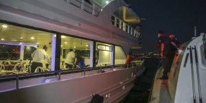 İstanbul Boğazı'ndaki Teknelerde Korona Denetimi