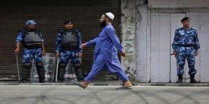 Cammu Keşmir'de Müslümanların Toplanması Yasaklandı, Hindulara İbadet İzni Verildi