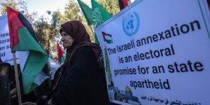 Gazzeli Kadınlar Siyonist İsrail'in 'İlhak' Planını Protesto Etti