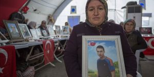 'Diyarbakır Anneleri' Bir Evlada Daha Kavuşmanın Sevincini Yaşıyor