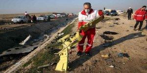 İran, Vurduğu Yolcu Uçağının Kara Kutusunu Fransa'ya Gönderdi