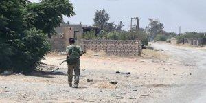 Darbeci Hafter Güçleri Arasında Çatışma