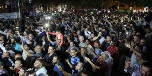 Ürdünlü öğretmenlerin, sendikalarının kapatılması kararını protestoları sürüyor