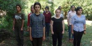 PKK kız çocuklarını ölüme yollarken Sol'un sesi mi kısılıyor?