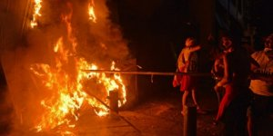Lübnan'da hükümetin istifası sonrası gösteriler sürüyor
