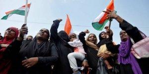 Hindistan'da Hz. Muhammed'e yönelik hakaret içerikli mesaj protestolara yol açtı