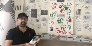 Suriye'deki askeri cezaevinde yaşadıklarını kitapla dünyaya anlatacaklar
