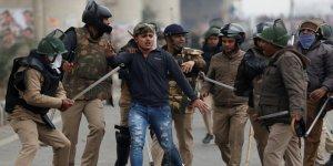 Hindistan'da gözaltılar sırasındaki polis şiddeti tartışılıyor