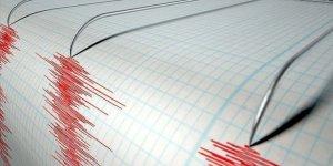 Endonezya'da art arda iki büyük deprem