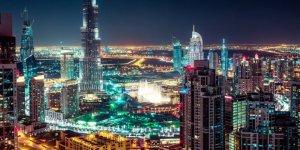 Dubai, turizmi canlandırmak için alkole yönelik yasaları gevşetiyor