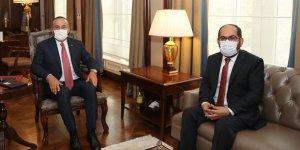 Çavuşoğlu: Suriyeli kardeşlerimizin daima yanındayız