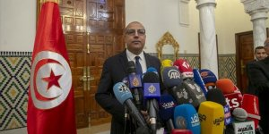 Tunus'ta hükümeti kurmakla görevlendirilen Meşişi yeni kabineyi açıkladı