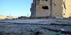 Hafter çetesi Sirte'de BAE'ye ait zırhlı araçla 1 sivili ezdi