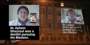 Berlin'de Esed rejiminin temsilciliği duvarında kayıplar eylemi