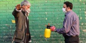 Dünya genelinde yeni tip koronavirüs vaka sayısı 25 milyon 644 bini aştı