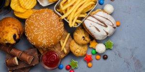 Aşırı işlenmiş gıdalar yaşlanmayı hızlandırıyor